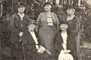 Image of Elizabeth Wallace Taggart and Kappa Kappa Gamma Founders (1934)